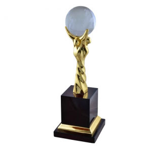 Metal Trophy Manufacturers in Singapore